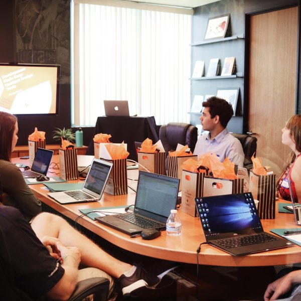 12 lessons for outsourcing website development